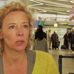 Katja Riemann Uschi über Autor und Regisseur Bora Dagtekin - Interview