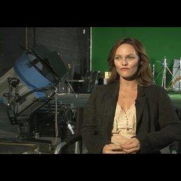 Vanessa Paradies über Juliette - OV-Interview Poster