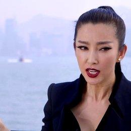 Li Bingbing - Su Yueming - über die Zusammenarbeit mit Stanley Tucci - OV-Interview Poster
