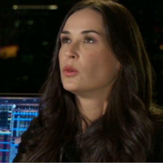 Simon Baker (Jared Cohen) und Demi Moore (Sarah Robertson) über die Charaktere und Frauen im Finanzbusiness - OV-Interview