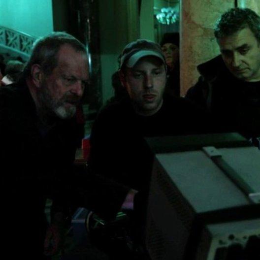 Dean Zanuck und Christoph Waltz über die Arbeitsweise von Terry Gilliam - OV-Interview Poster