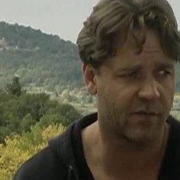 Russell Crowe über die Schönheit der französischen Landschaft, seinen Einfluss auf den Film und seinen Anspruch an sich selbst als Schauspieler - Szen Poster