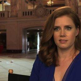 Amy Adams - Sydney Prosser -  über Sydneys Beziehung zu Irving - OV-Interview