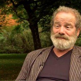 Peter Mullan (Ted Narracott) über die Arbeit mit Steven Spielberg - OV-Interview