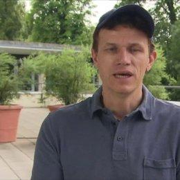Gregor Schnitzler - Regisseur - darüber wie das Projekt zu ihm kam - Interview Poster