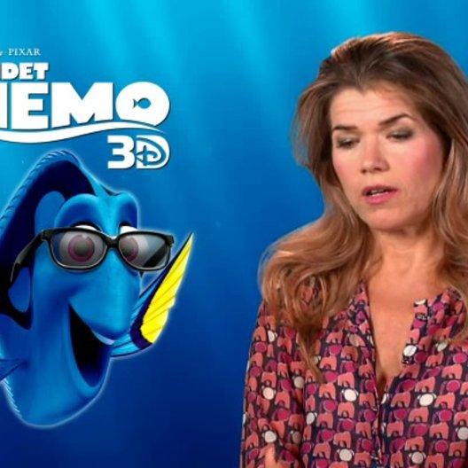 Anke Engelke - Synchronstimme Dorie - über Findet Nemo als Klassiker - Interview Poster