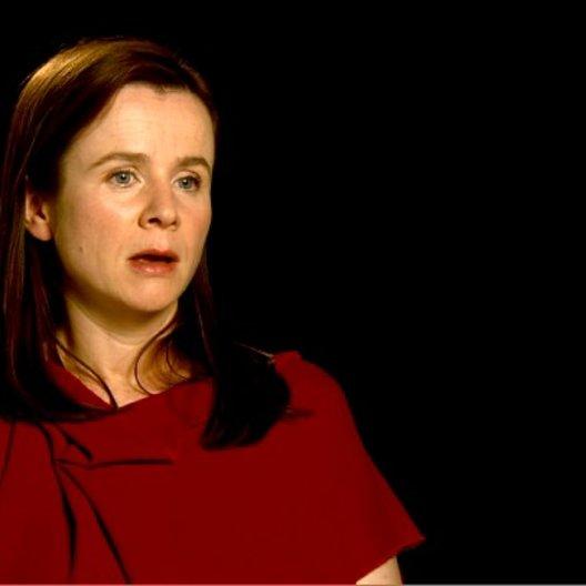 Emily Watson (Rosie Narracott) über Ihre Wünsche für den Film - OV-Interview