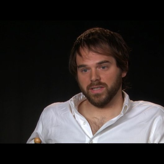 Sean Durkin (Drehbuchautor und Regisseur) über das, was er mit dem Film beabsichtigt - OV-Interview Poster