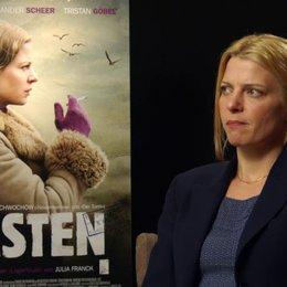 Jördis Triebel - Nelly Senff - über die Arbeit mit Christian Schwochow - Interview Poster