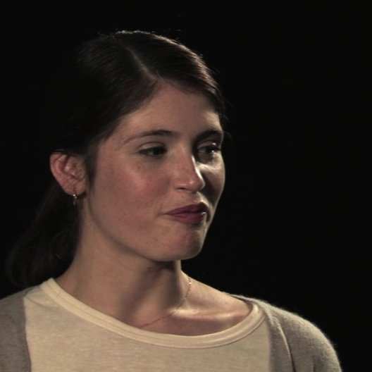 Gemma Arterton über die Zusammenarbeit mit dem Chor - OV-Interview