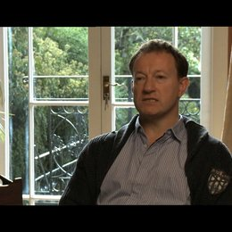 Simon Beaufoy über immer vorwärts zu gehen - OV-Interview Poster