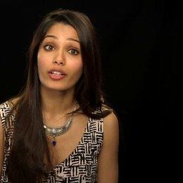 Freida Pinto - Elaheh - darüber welche Reaktionen sie sich auf den Film erhofft - OV-Interview Poster