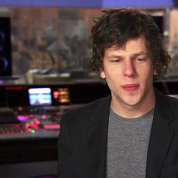 Jesse Eisenberg - Blu - über Blus Vorbereitungen auf den Dschungel - OV-Interview