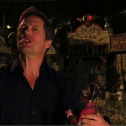 Hugh Grant über Gemeinsamkeiten mit dem Piratenkapitän - OV-Interview