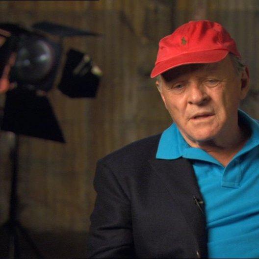 Anthony Hopkins (Alfred Hitchcock) über das Leben des Filmmachers Hitchcock und welchen Zweck er verfolgte - OV-Interview Poster