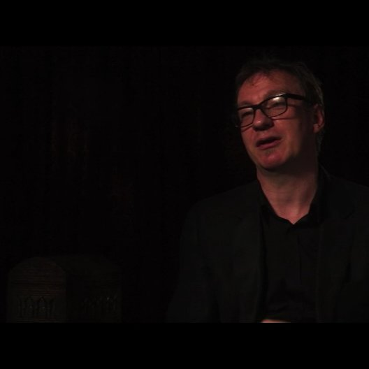 David Thewlis über seine Rolle - OV-Interview Poster