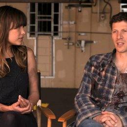 Zach Gilford - Shane - und Kiele Sanchez  - Liz - über den Film - OV-Interview