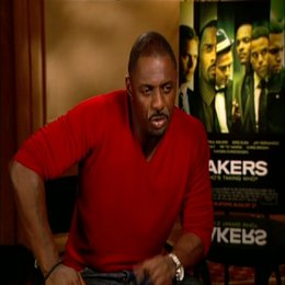Idris Elba - ueber spassige Dreharbeiten - OV-Interview Poster