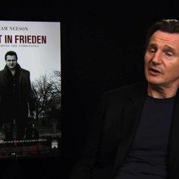 Liam Neeson über die Arbeit mit Scott Frank - OV-Interview