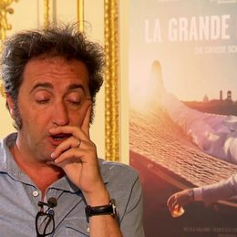 Paolo Sorrentino über Fellini - OV-Interview Poster