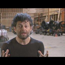 Andy Serkis (Caesar) über das Tierheim - OV-Interview Poster