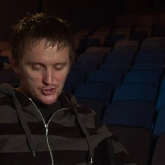 Tommy Wirkola - Regisseur und Drehbuchautor - über Jeremy Renners Erfahrung bei den Dreharbeiten - OV-Interview Poster