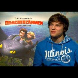 """DANIEL AXT - """"Hicks - der Hüne"""" (deutsche Stimme) über 3D - Interview"""