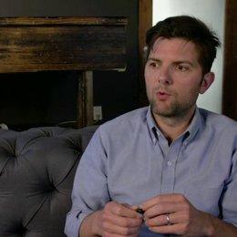 Adam Scott - Ted Hendricks - über seine Rolle - OV-Interview Poster