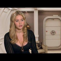Jennifer Lawrence über ihre Beziehung zu Charles Xavier - OV-Interview Poster