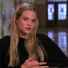 Gabriella Wilde über Kimberley Peirce - OV-Interview