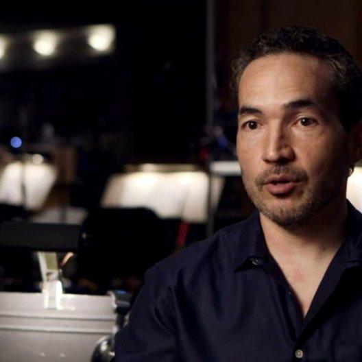 Steve Jablonsky - Komponist - über die musikalischen Elemente des Films - OV-Interview Poster