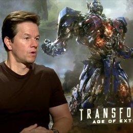 Mark Wahlberg - Cade Yeager - über seine Rolle - OV-Interview Poster