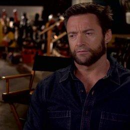 Logan über den Titel - OV-Interview Poster