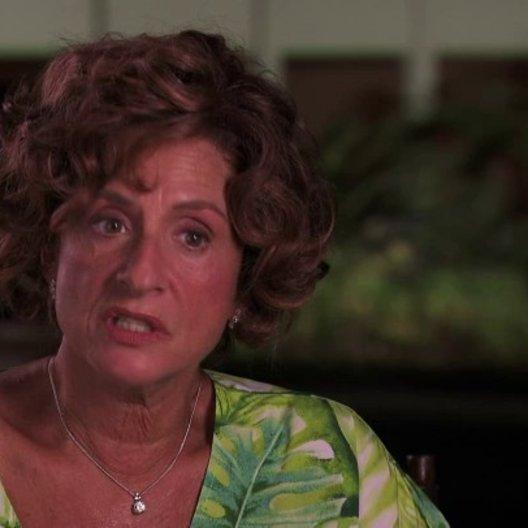 Patti Lupone über Taylor Hackford und ihre Schauspielkollegen - OV-Interview