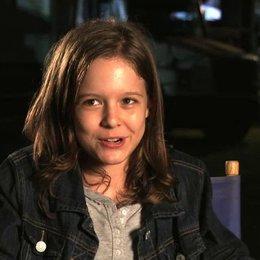 Isabella Vidovic - Maddy Broker - über ihre Szenen mit Jason Statham - OV-Interview
