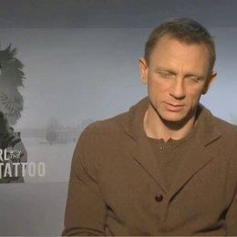 Daniel Craig über die Dreharbeiten in Schweden - OV-Interview Poster