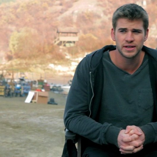 Liam Hemsworth -Billy The Kid Timmons- über seine Rolle - OV-Interview