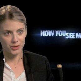 Melanie Laurent - Alma Dray - was sie an ihrer Rolle mag - OV-Interview Poster