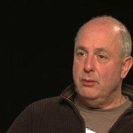 Roger Michell über Jim Broadbent - OV-Interview Poster