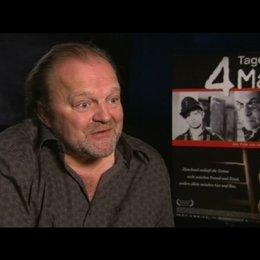 Produzent Stefan Arndt über 4 Tage im Mai ein Kriegsfilm ohne Krieg - Interview Poster