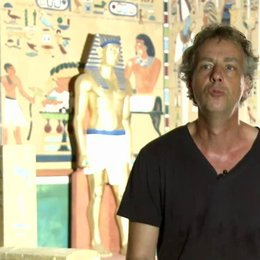 Andreas Ulmke-Smeaton - Produzent - darüber wo und wie die Geschichte startet - Interview Poster