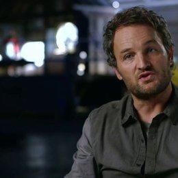 Jason Clarke - Malcolm - über die Geschichte des Films - OV-Interview