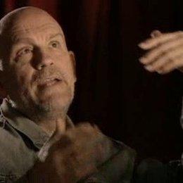 """Interview mit John Malkovich über seine Beweggründe, """"Eragon"""" zu drehen und die visuellen Effekte im Film - OV-Interview Poster"""