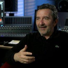Pascal Chaumeil (Regisseur) über das Team - über die Figuren - OV-Interview