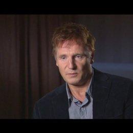 Liam Neeson - Dr. Martin Harris - über die Arbeit mit January Jones und Diane Kruger - OV-Interview Poster