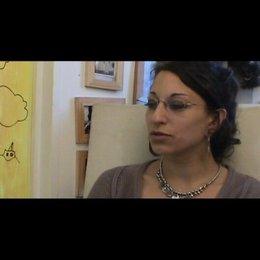 Mona Achache (Regie) über die Zusammenarbeit mit Garance LeGuillermic - OV-Interview Poster