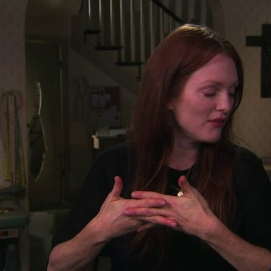 Julianne Moore über die Story - OV-Interview