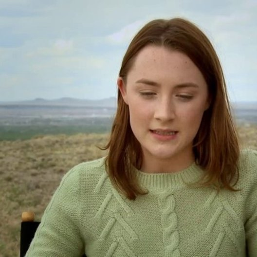 Saoirse Ronan über William Hurt - OV-Interview Poster