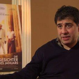 Hossein Amini - Regisseur - über Kirsten Dunst als Colette - OV-Interview Poster