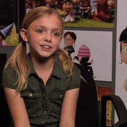 Elsie Fisher über Agnes - OV-Interview Poster